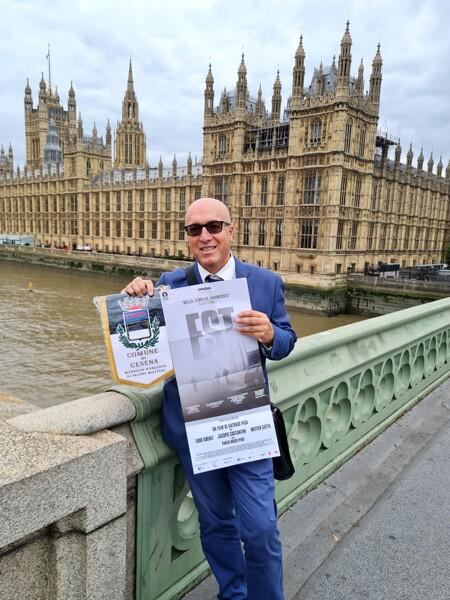 """Est Dittatura Last Minute"""" Conquista Londra: Il Film Vince Il Premio Ifa"""